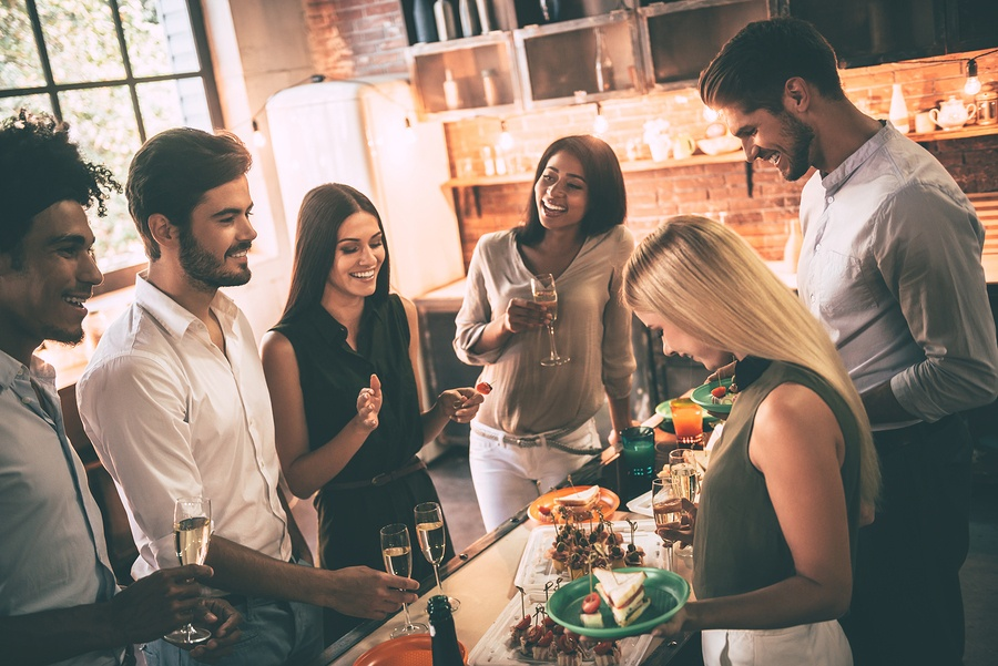Host a Memorable Friendsgiving by Implementing These Ideas