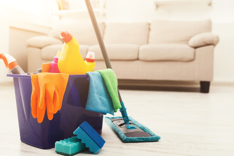 Make Cleaning Day a Breeze with These Home Maintenance Tips