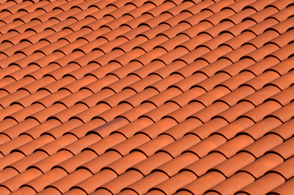 Contact a First Quality Roofing Contractor to Discuss the Best Roofing Options for You